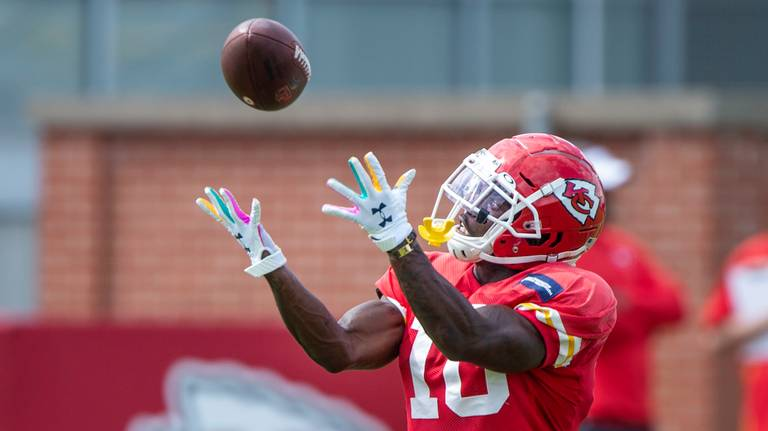 Is this the week Tyreek Hill returns for Chiefs? Reid says he will 'know more' soon