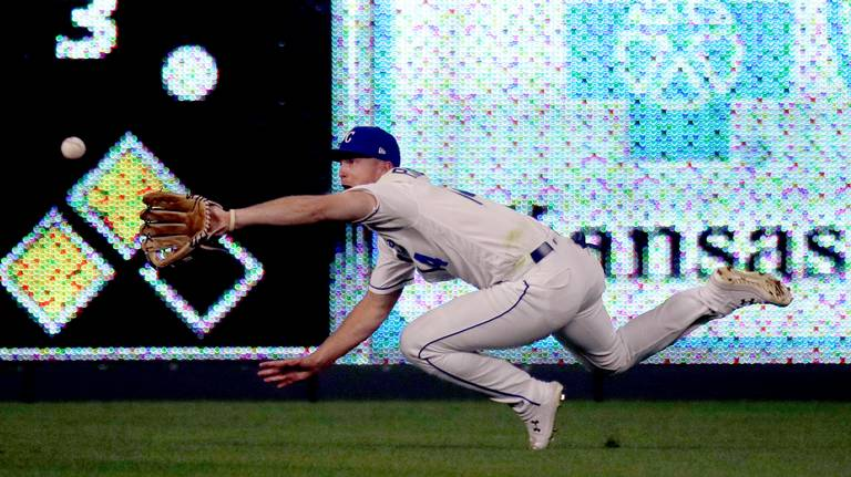 This catch from Royals' Brett Phillips got a tip of the cap from the batter